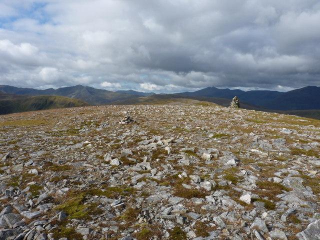 On the summit plateau of Aonach Shasuinn