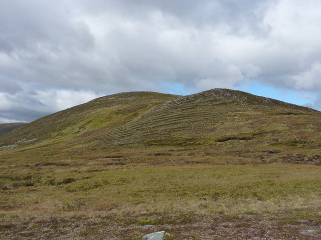 Looking uphill onto Carn a' Choire Bhuidhe