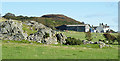 NS0558 : Scalpsie Farm, Quien Hill and a bit of Geology by Anne Burgess