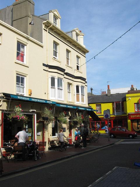 28 Gardner Street