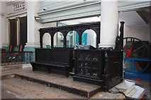 TQ3382 : St Leonard, Shoreditch High Street, Shoreditch - Stalls by John Salmon