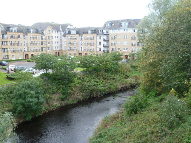 Water of Leith at Powderhall by kim traynor