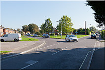 SU3521 : Road Junction on Duttons Road by Peter Facey
