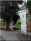 TQ1979 : Arch in Gunnersbury Park by Thomas Nugent