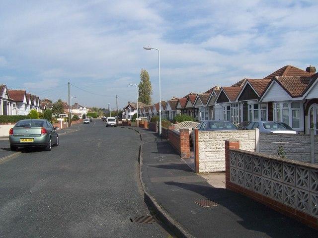 Uplands Avenue, Moseley Village
