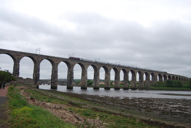 Train crossing the Royal Border Bridge