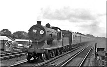 TQ0562 : Summer Saturday Lymington Pier to Waterloo express passing West Weybridge by Ben Brooksbank