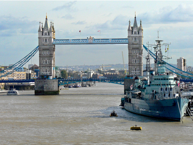the river thames with tower bridge and     u00a9 mick lobb cc