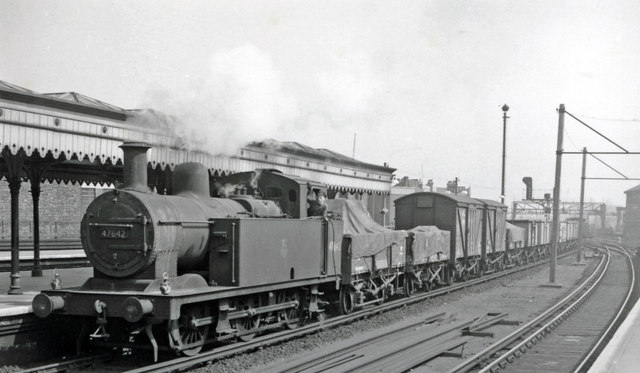 Up exchange freight for the Midland line passing London Bridge (Eastern Section)