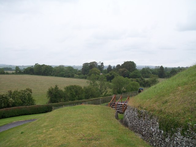 The countryside behind the Newgrange Tomb
