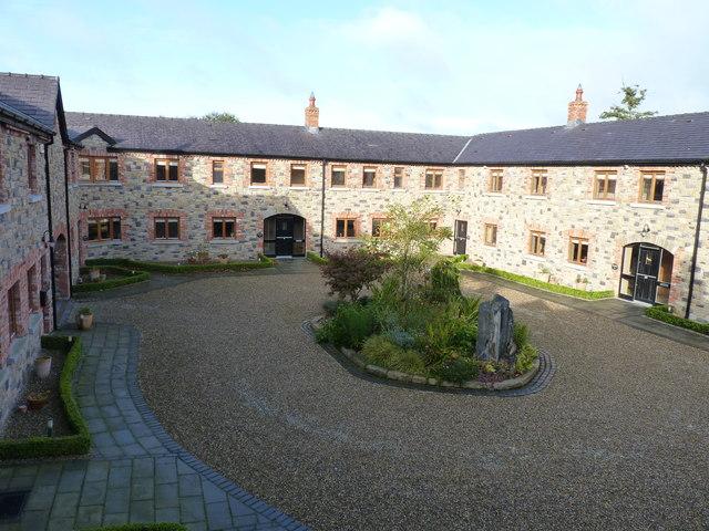 Decoy courtyard