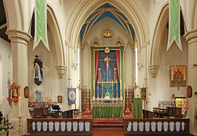 Holy Trinity, Shepherdess Walk, Hoxton - Sanctuary