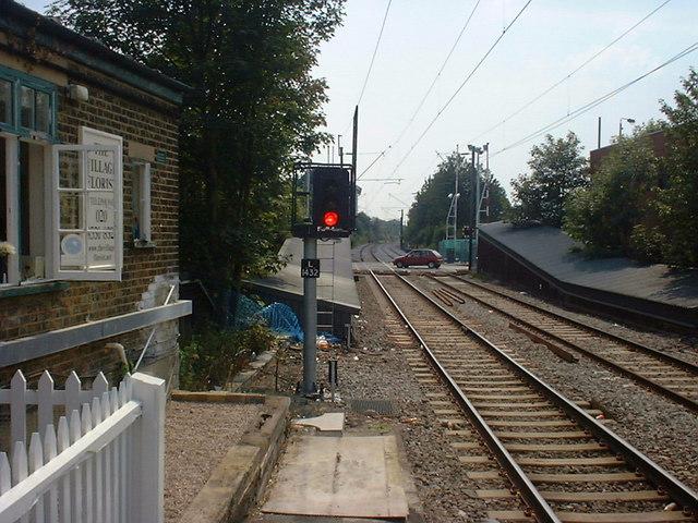 Highams Park Station