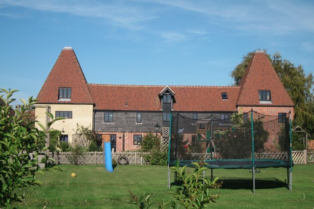 Prior Oast House, Denne Manor Lane, Shottenden