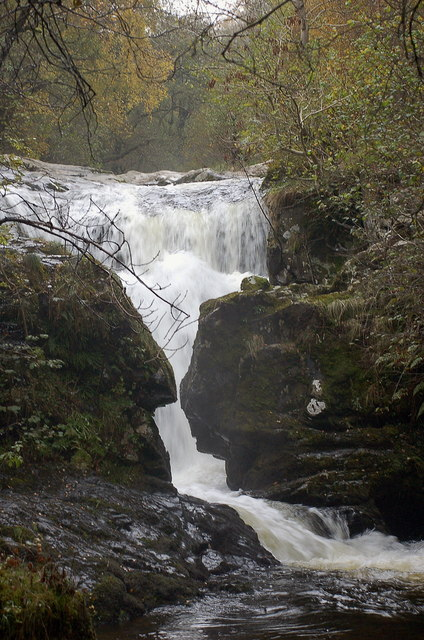 A waterfall on Aira Beck (2)