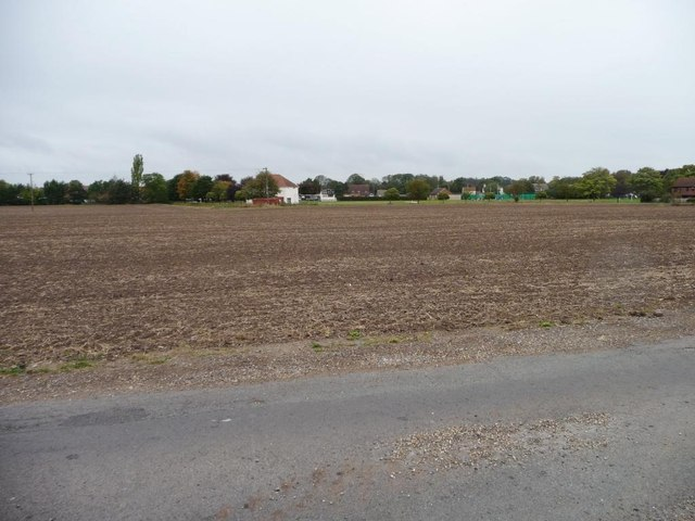 Bare field, west of Graizelound Fields Road