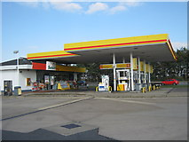 TF1505 : Glinton service station, A15 northbound by peter robinson