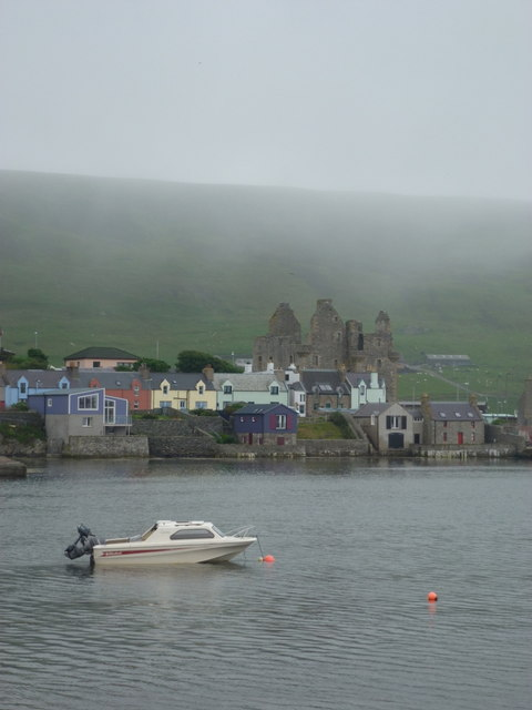 Scalloway: the castle from across the harbour