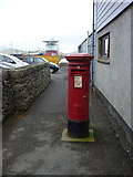 HU4039 : Scalloway: postbox № ZE2 25 by Chris Downer