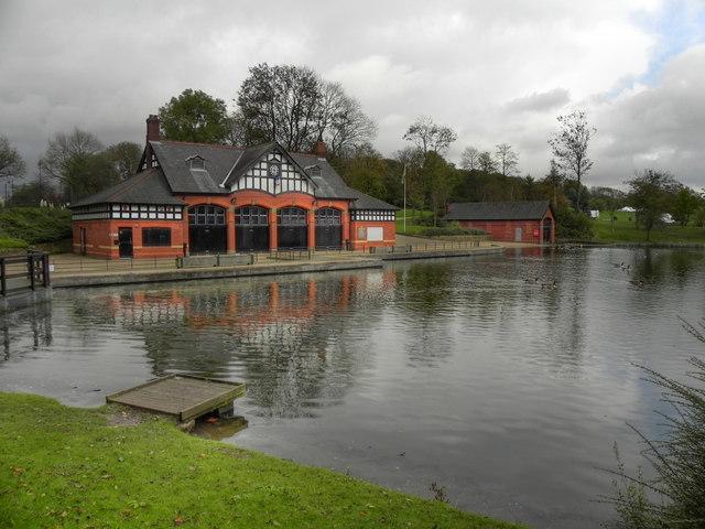 Boathouse and Boating Lake, Alexandra Park