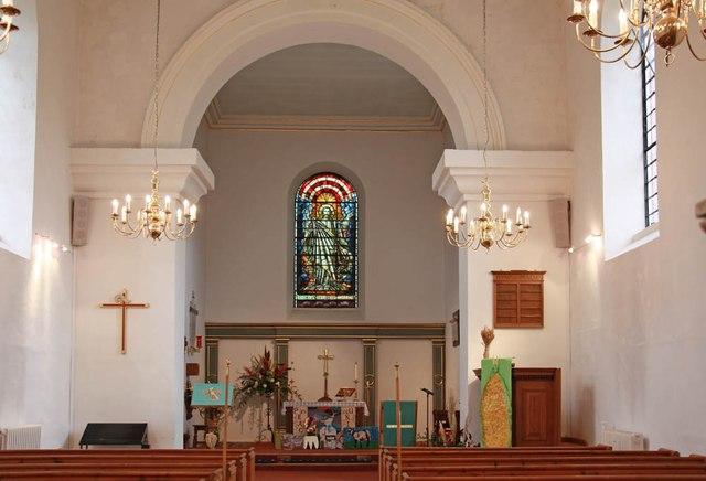 St Nicholas, Ingrave - East end