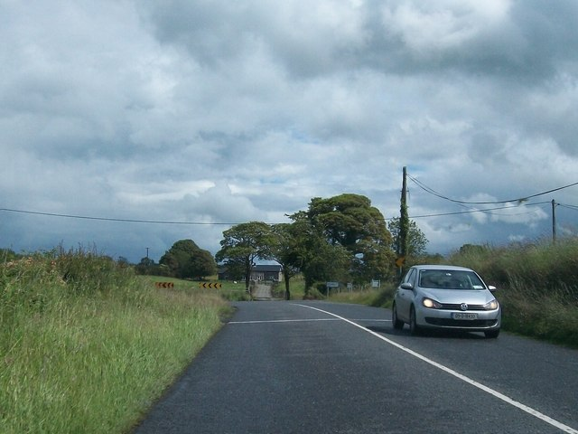 Approaching a sharp bend in the R163 at Boherboy