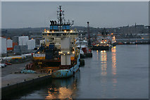 NJ9505 : Vessels at Torry Quay, Aberdeen by Mike Pennington