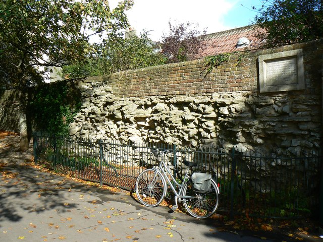 Remains of the Roman Wall, Dorchester