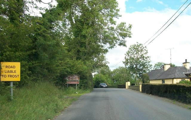 Entering Co Cavan on the R164 south of Kingscourt