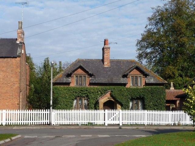 Dormer-windowed cottage, Wiseton