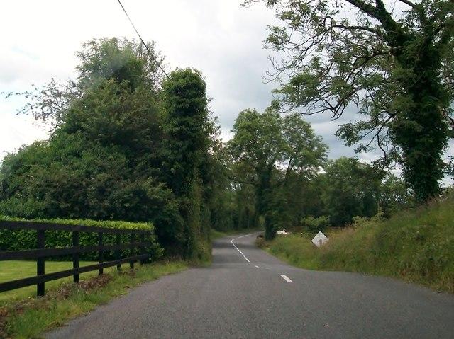 Minor road between Knocknaveagh and Knockaraheen