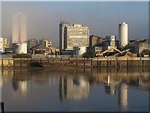 TQ2575 : Comley's Wharf by Derek Harper