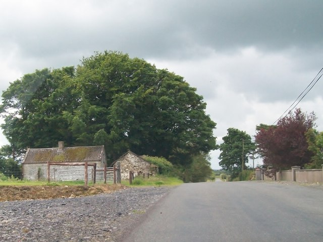 Traditional farm buildings alongside the Boolies Road