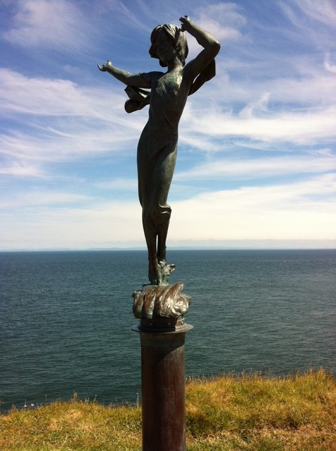 Statue on Capstone Hill, Ilfracombe © Andrew Abbott cc-by