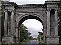 TA1110 : Memorial Arch by J.Hannan-Briggs