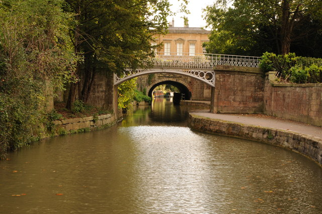 Bridge and tunnel, Kennet and Avon Canal