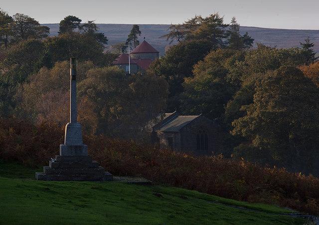 War memorial and autumn colours