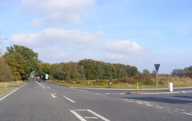 The A140 junction with the B1118 at Warren Hills