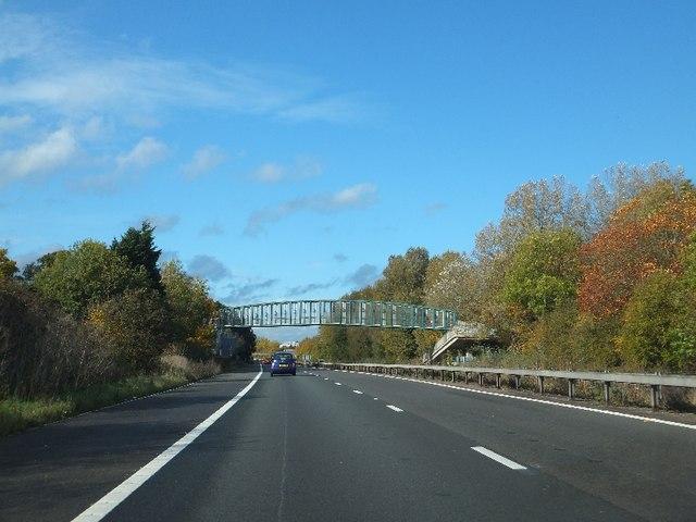 Kimber's Lane footbridge over A404(M)