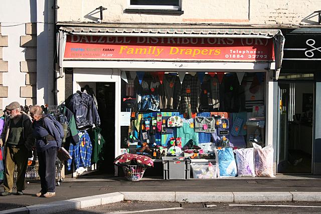 Cullompton: Dalzell Distributors (UK)