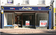 ST0207 : Cullompton: shop to let by Martin Bodman