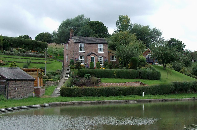 Cottage with garden by the canal near Barnton, Cheshire