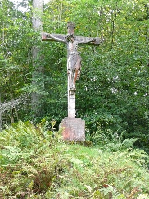 Crucifix memorial, Dumfries House estate