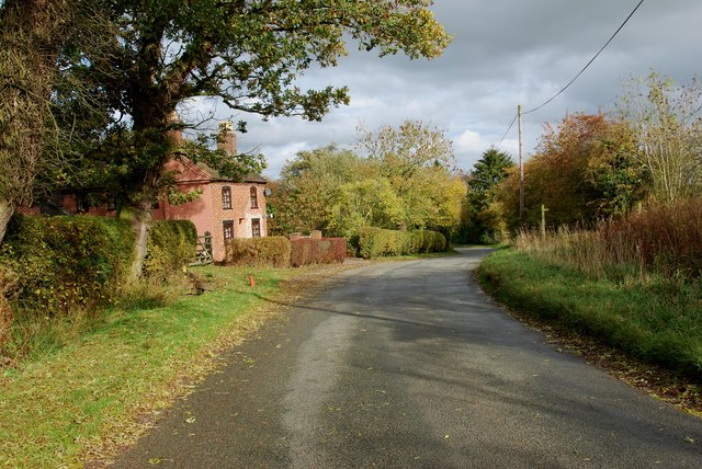 House opposite a Footpath at Godstone
