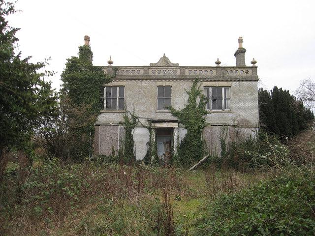 Abandoned house, Fenstanton