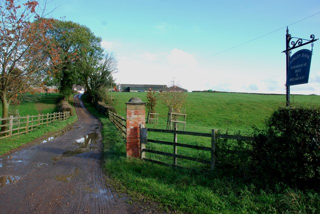 Drive up to Loxley Bank Farm and B & B