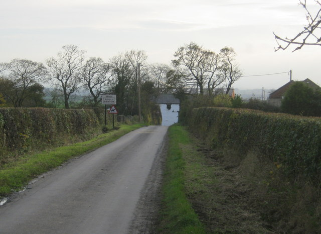 Houghton Lane entering Denton from the north