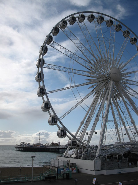Brighton Wheel and the Palace Pier