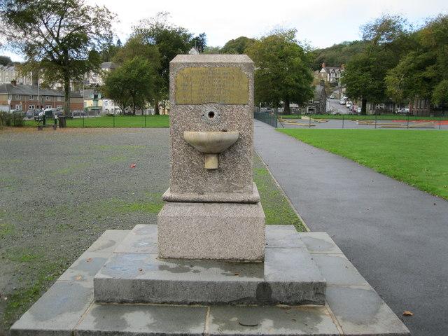 Cofeb Madocks - Madocks Memorial
