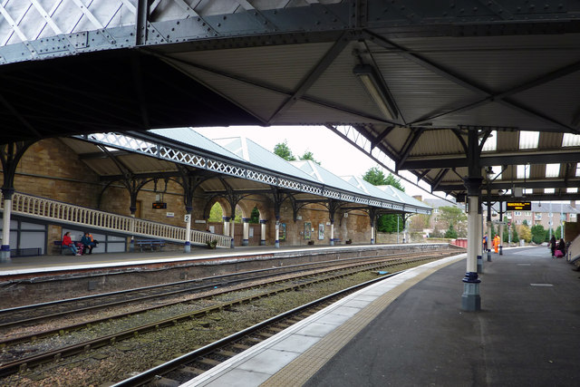 Platforms 1 and 2, Perth station